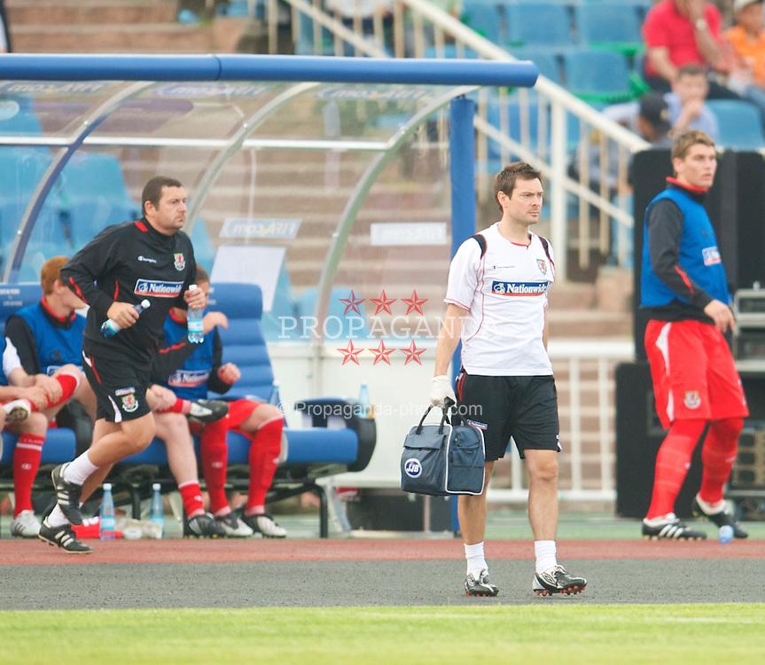 BAKU, AZERBAIJAN - Saturday, June 6, 2009: Wales' physiotherapist Dyfri Owen during the 2010 FIFA World Cup Qualifying Group 4 match against Azerbaijan at the Tofig Bahramov Stadium. (Pic by David Rawcliffe/Propaganda)