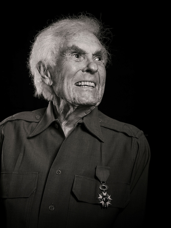 Vincent Masters flew B-17 bombers and P-51 fighters in WWII, becoming an obstetrician after the war.