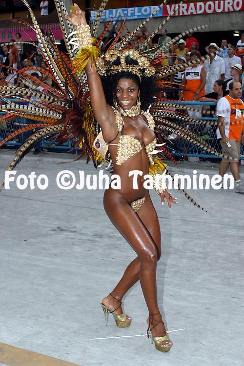 22.02.2004, Samb?dromo, Rio de Janeiro, Brazil..Carnaval 2004 - Desfile das Escolas de Samba, Grupo de Acesso A / Carnival 2004 - Parades of the Samba Schools..Desfile de / Parade of:  GRES Paraiso do Tuiuti.©Juha Tamminen