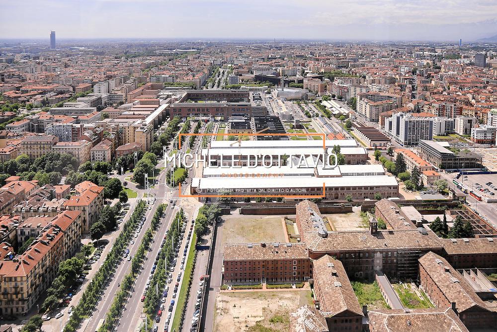 Politecnico e Ogr lungo il viale della Spina Centrale di Torino <br /> Vista panoramica dal grattacielo di Intesa Sanpaolo.<br /> Torino 25 maggio 2016