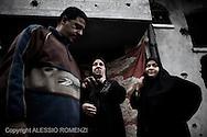 Gaza City: Palestinians look at the damage of a house after was bombed by Israeli Air Force. November 17, 2012. ALESSIO ROMENZI