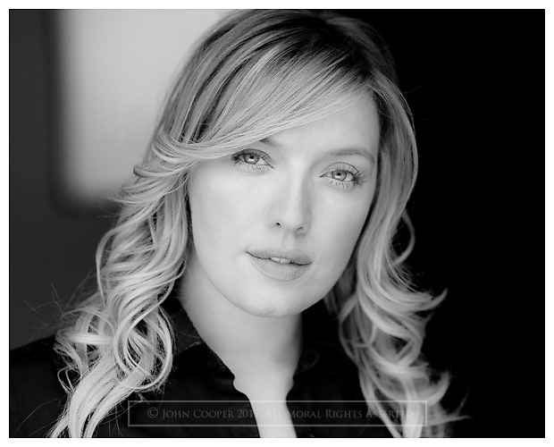 Actress' Headshot - Joy McAvoy | John Cooper Photography