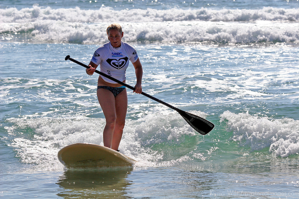 Roxy Pro surfer an exciting relay of Stand Up Paddling, sponsored by Surftech, at the 2008 3rd Annual Roxy Jam in Cardiff.