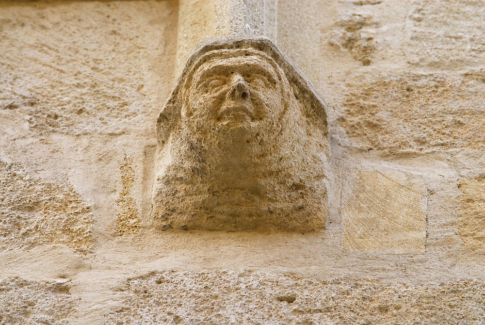 France, Languedoc Roussillon, Gard, Uzège, Uzès, rue Paul Foussat, cul de lampe