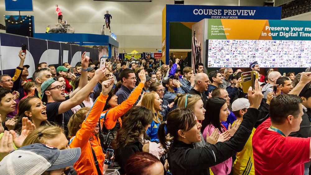Boston Marathon: Expo, onlooking crowd reacts as Tyler Andrews sets world record for half marathon on treadmill 1:03:37