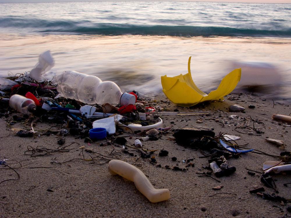 A trash covered beach near Saint Marc, Haiti. 3/10/2009 Photo by Ben Depp