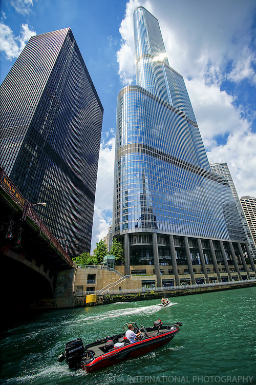 Trump International Hotel & Tower with Wabash Avenue Bridge