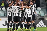 Torino, 21.09.2016 - Serie A 5a giornata - Juventus-Cagliari - Nella foto: L'esultanza dei giocatori della Juventus