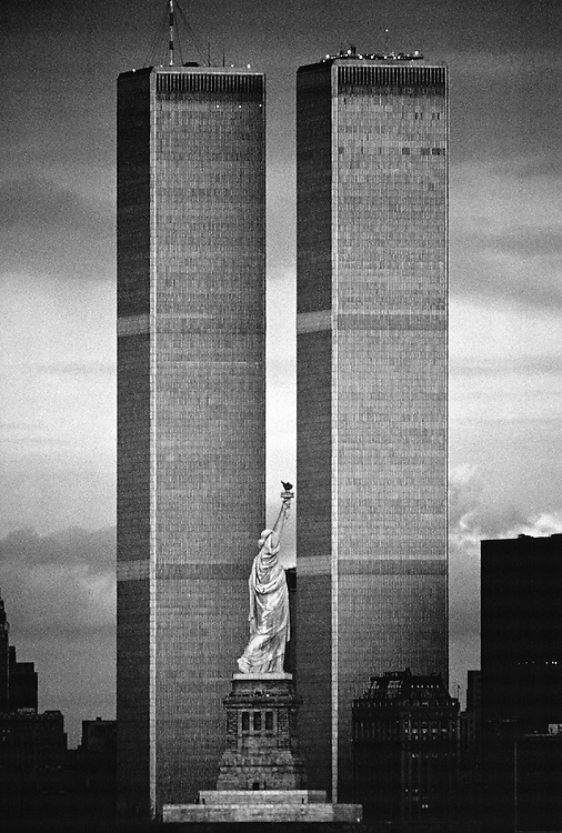 Statue of Liberty Between Twin Towers, World Trade Center, Manhattan, New York City, New York, designed Minoru Yamasaki, New Jersey