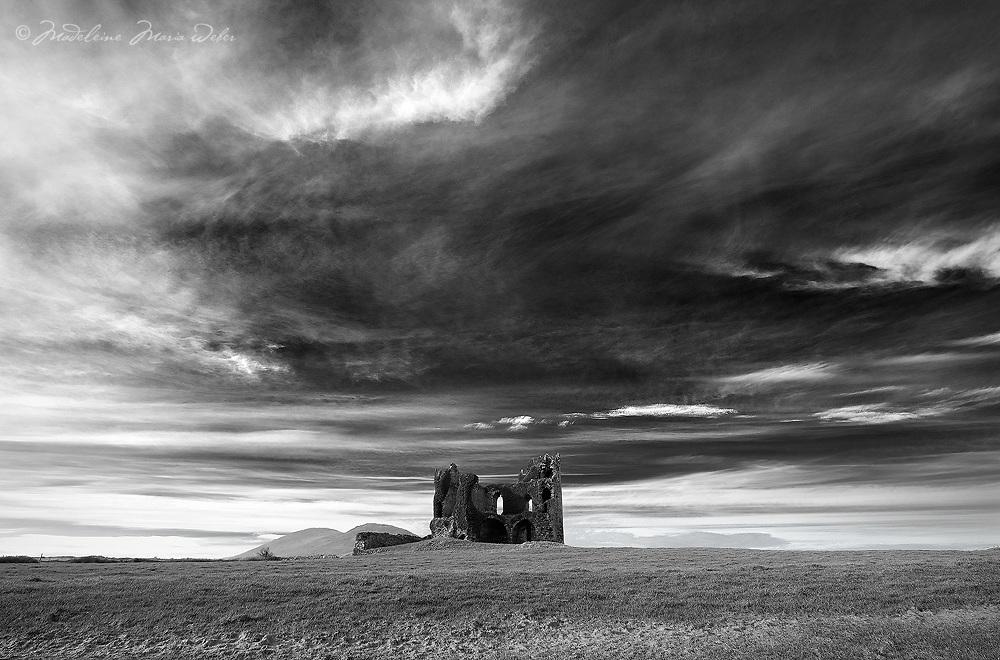 Ballycarbery Castle Cahersiveen, County Kerry, Ireland / ch211