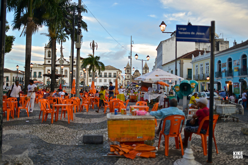 Largo de Terreiro de Jesus Street. San Francisco Church. Pelorinho historical area, Salvador de Bahia, Bahia State, Brazil