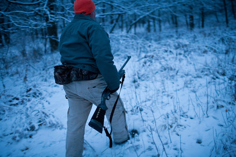 Donovan Nokes hunts deer on his property on Monday, December 5, 2011 in Webster City, IA.