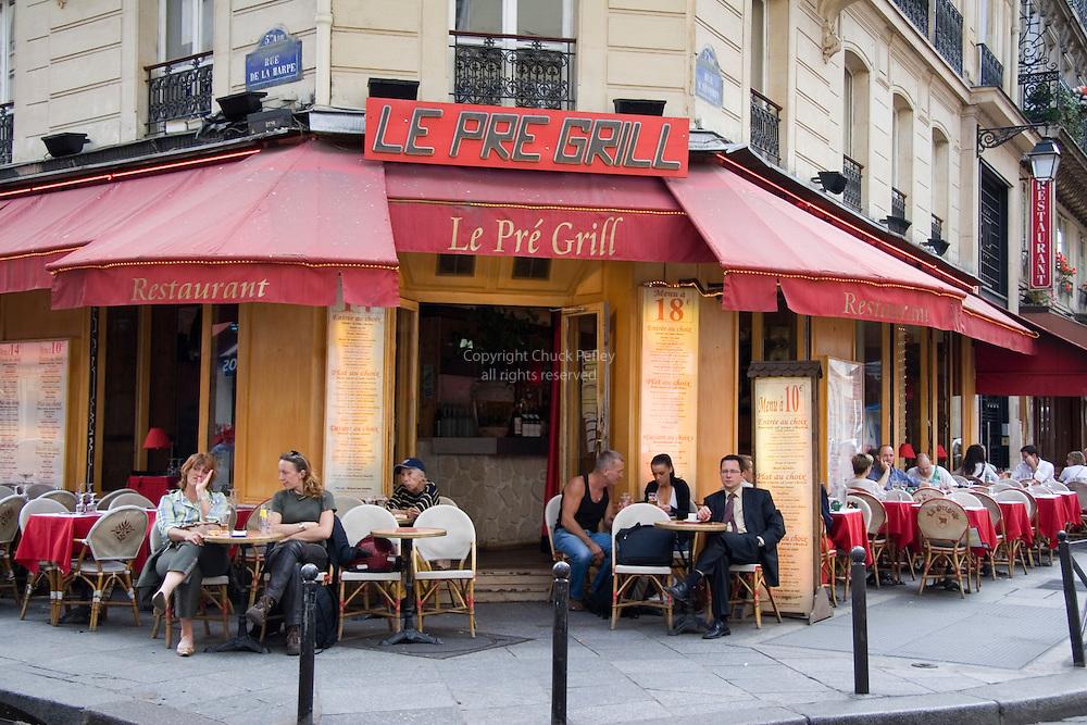Latin quarter restaurant le pre grill on corner of rue de la harpe and rue saint severin paris - Restaurant la grille paris 10 ...