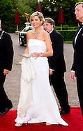 """22-5-2014 KAATSHEUVEL Koningin Máxima woont donderdagavond 22 mei 2014 het galaconcert van de """"Koninklijke Sophia's Vereeniging"""" uit Loon op Zand bij in het Efteling Theater. COPYRIGHT ROBIN UTRECHT"""