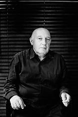 Portrait de Raymond Depardon, photographe