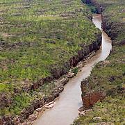 The Ghan.  Katherine Gorge, Northern Territory, Australia. Image © Arsineh Houspian/Falcon Photo Agency.