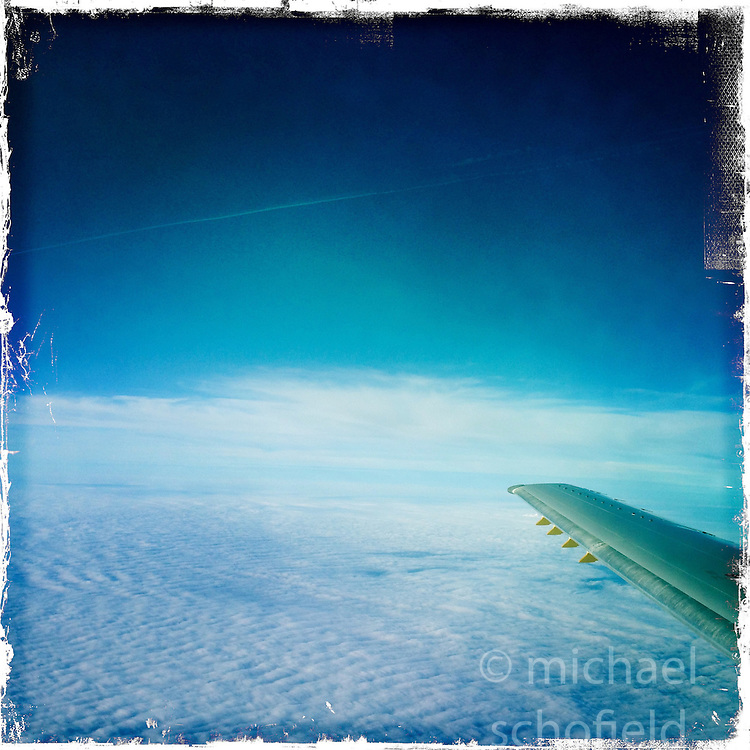 Morning light on the  Air France AF 5483 <br />