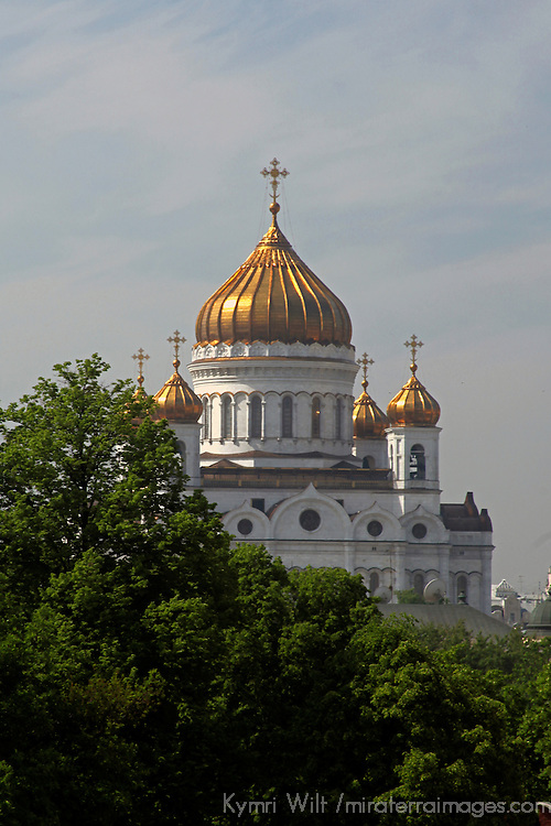 Europe, Russia, Moscow. Cathedral of Christ the Savior, reconstruction completed in 2000.