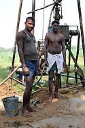 22/12/08 - NELLIKUPPAAN - TAMIL NADU - INDE - Pompe a eau pour la culture de cannes a sucre dans le Tamil Nadu - Photo Jerome CHABANNE