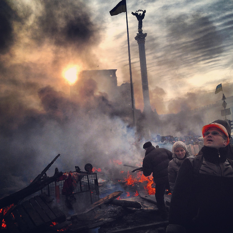 Everybody is tired this morning after a crazy day and night, Feb. 19, 2014. #kyiv #ukraine #euromaidan #київ #україна #евромайдан #primecollective