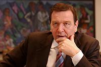 09 JAN 2002, BERLIN/GERMANY:<br /> Gerhard Schroeder, SPD, Bundeskanzler, waehrend einem Interiew, in seinem Buero, Bundeskanzleramt<br /> Gerhard Schroeder, SPD, Federal Chancellor of Germany, during an interview, in his office<br /> IMAGE: 20020109-02-020<br /> KEYWORDS: Gerhard Schr&ouml;der