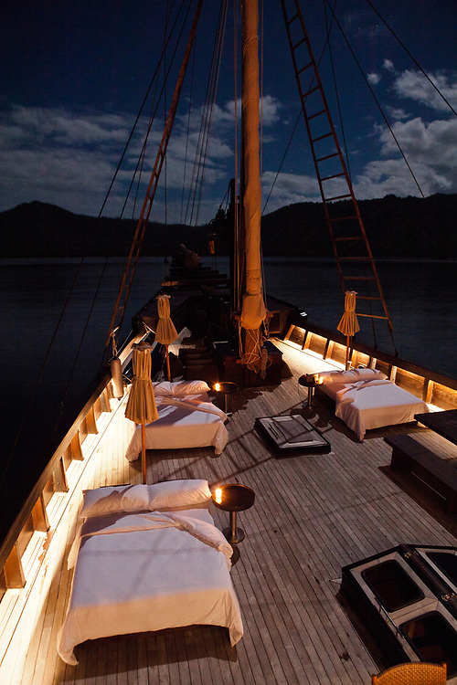 Beds set on the deck of Alila Purnama.