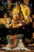 Ganesh on roadside, most probably on road to Vavuniya from Anuradhapura.<br /> 2003/4