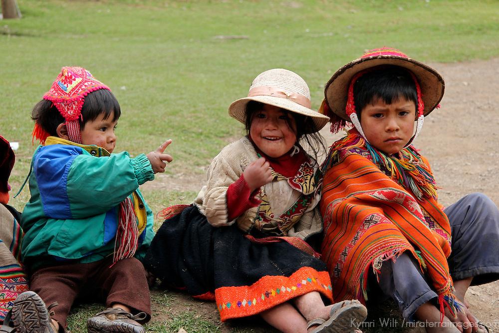 South America, Peru, Willoq. Peruvian Kids of Willoq