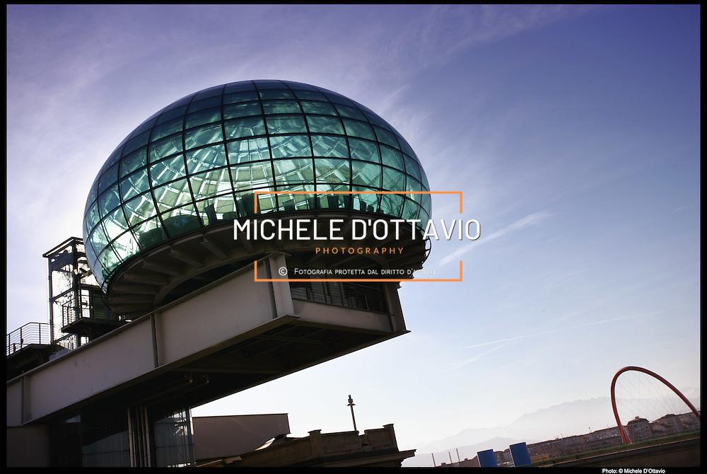 Bolla del Lingotto e arco olimpico