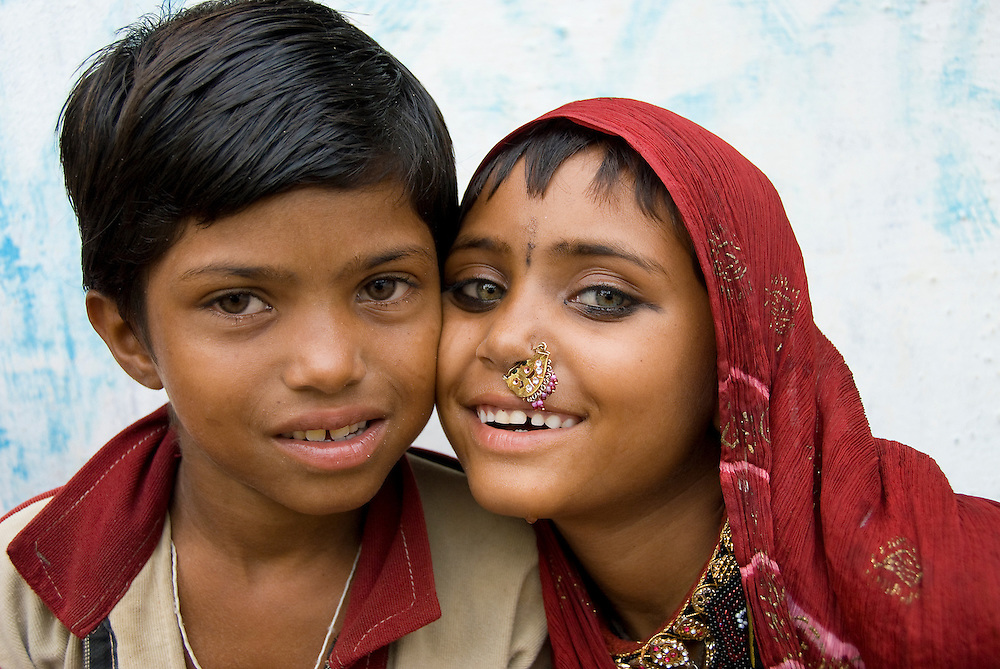 These sisters from the Bhopa community grow up in a desert village of Rajasthan.