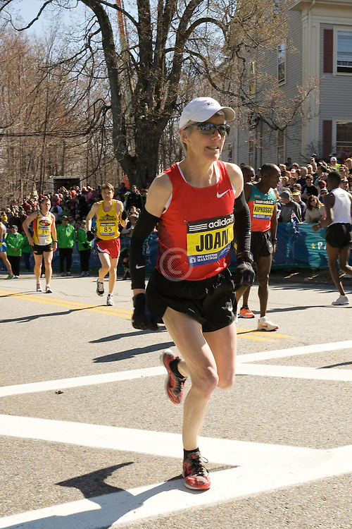 Joan Samuelson warms up prior to start of race