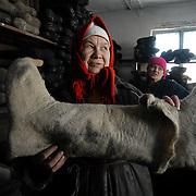 Valenki. Felt boots production