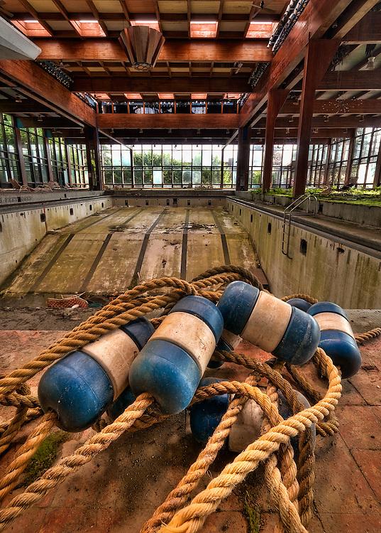 Grossinger's Abandoned Resort Liberty NY Catskills New York.: walterarnold.photoshelter.com/image/I0000J8ny6EdtZjE