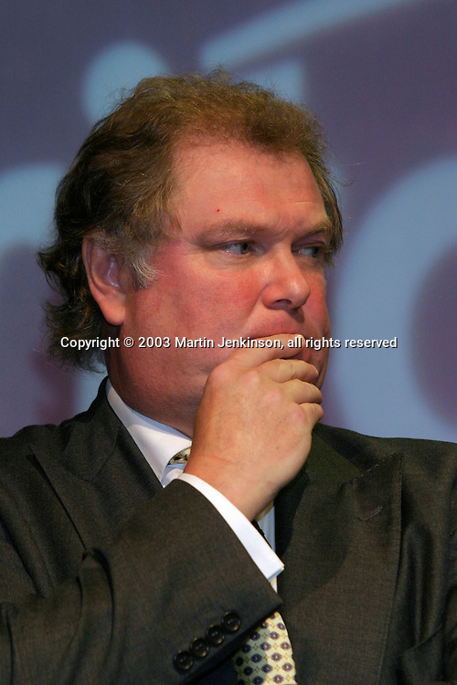Digby Jones, Director General, Confederation of British Industry. ....© Martin Jenkinson tel 0114 258 6808  mobile 07831 189363 email martin@pressphotos.co.uk  NUJ recommended terms & conditions apply. Copyright Designs & Patents Act 1988. Moral rights asserted credit required. No part of this photo to be stored, reproduced, manipulated or transmitted by any means without prior written permission.