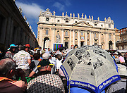 Pilgrims fill St. Peter Square in anticipation of a Wednesday general audience. (Sam Lucero photo)