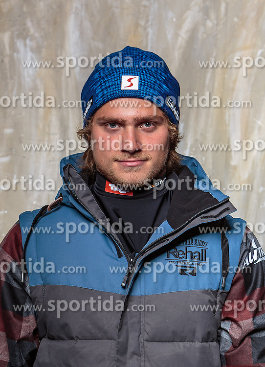 08.10.2016, Olympia Eisstadion, Innsbruck, AUT, OeSV Einkleidung Winterkollektion, Portraits 2016, im Bild Andreas Kroh, Snowboard, Herren // during the Outfitting of the Ski Austria Winter Collection and official Portrait Photoshooting at the Olympia Eisstadion in Innsbruck, Austria on 2016/10/08. EXPA Pictures © 2016, PhotoCredit: EXPA/ JFK