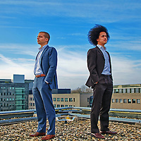 Nederland, Utrecht, 26-11-2010 -  Tom Vroemen (L) en Mark Laagewaard directeuren van CrowdAboutNow op het dak van hun kantoor een voormalig Fortis gebouw. FOTO: Gerard Til