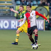 DEN HAAG - ADO Den Haag - Feyenoord , Voetbal , Eredivisie , Seizoen 2016/2017 , Kyocera Stadion , 19-02-2017 , Feyenoord speler Steven Berghuis (r) en ADO Den Haag speler Aaron Meijers (l)