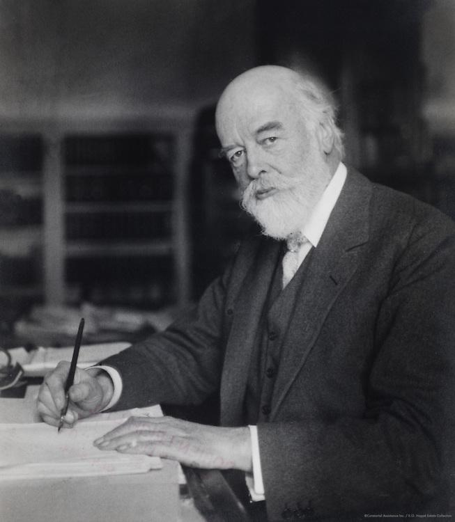 Sir Oliver Joseph Lodge, physicist, pioneer of radio Telegraphy, England, UK, 1920