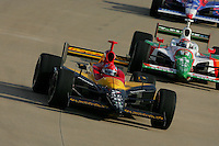 Bryan Herta and Tony Kanaan at the Nashville Superspeedway, Firestone Indy 200, July 16, 2005