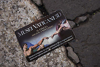 A card advertises the Vatican Museums in 3D, showing internationally.
