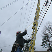 10/30/12 - Hockessin, DE - Hurricane Sandy - Verizon Tech Tom removes his ladder from a elevated cable after making repairs Tuesday, Oct. 30, 2012, in Hockessin DE.  ..SAQUAN STIMPSON/Special to The News Journal