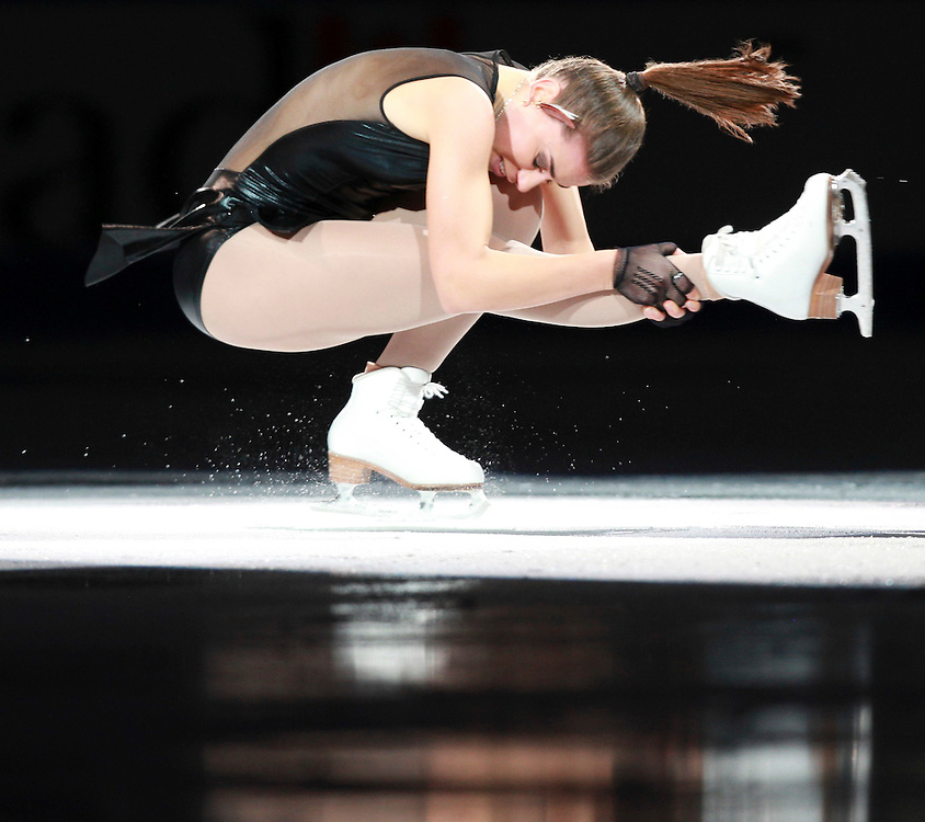 20101031 -- Kingston, Ontario -- Cynthia Phaneuf of Canada skates in the exhibition gala at Skate Canada International in Kingston, Ontario, Canada, October 31, 2010. <br /> AFP PHOTO/Geoff Robins