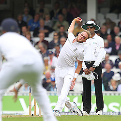 England's Stuart Broad from the Pavilion End during the first day of the Investec 5th Test match between England and India at the Kia Oval, London, 15th August 2014 © Phil Duncan | SportPix.org.uk