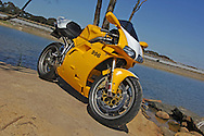 2001 Ducati 996 Biposta - Ducati Yellow .Bike is fitted with a single CF seat.Lysterfield Lake, Lysterfield, Victoria, Australia.16th September 2006.(C) Joel Strickland Photographics.Use information: This image is intended for Editorial use only (e.g. news or commentary, print or electronic). Any commercial or promotional use requires additional clearance.