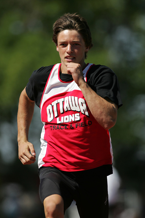Spencer da Costa competing in the 100m at the 2007 OTFA Supermeet II. The Ontario Track and Field Association Bantam-Midget-Juvenile Championships were held in Toronto from August 3rd to 5th.