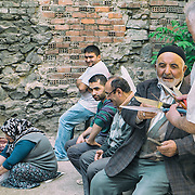 16/10/2013 - Istanbul - Tarlabasi area - The old man give his advice on witch knifes to use to cut the meat.