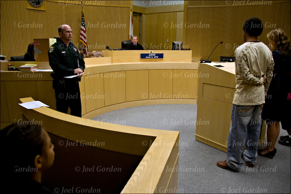 juvenile court Responsibilities & organization juvenile justice initiatives overseen by shelby county juvenile court include: assessment screening for juveniles detained for serious offenses.