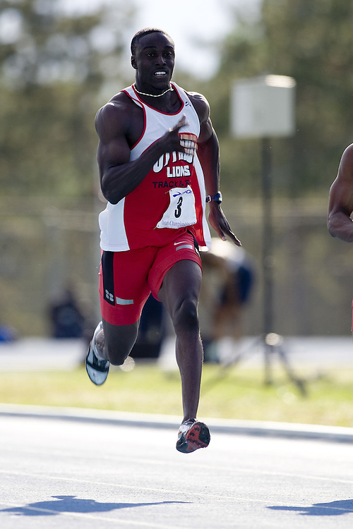Adu-Bobie, Richard competing in the qualifying rounds of the senior men's 100m at the 2007 OTFA Junior-Senior Championships held in Ottawa from 30 June to July 1.