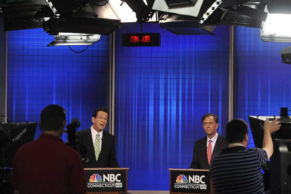 Democratic candidates for governor Dan Malloy left, and Ned Lamont, right, debate live on television in West Hartford, Conn., on Tuesday, June 22, 2010.(AP Photo/Jessica Hill)
